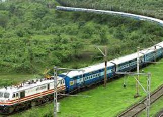 Trains pass through this major tourist spot of Jalore, but do not stop
