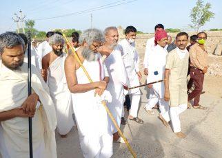 This Acharya Bhagwant reached Chaturmas in Mandwala