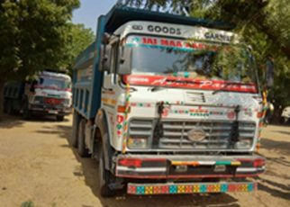 Stack run on illegal gravel in Sayla, two dumpers seized